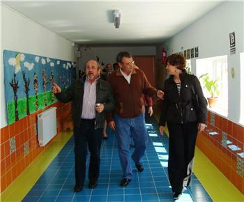 Las obras de reforma del colegio de Vegaviana han supuesto una inversión de 333.000 euros