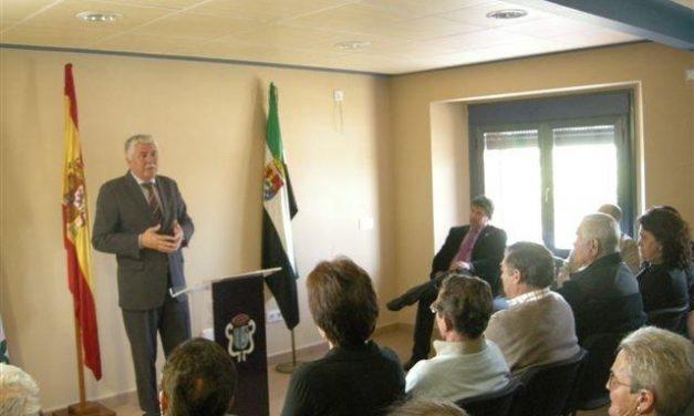 Grimaldo inaugura su centro social que ha sido reformado por Diputación con una inversión de 96.000 euros