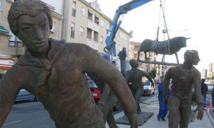 El Ayuntamiento de Moraleja agiliza la retirada de las esculturas del encierro tras el acto vandálico de anoche