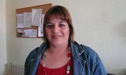 Yolanda Delgado, de 35 años, encabeza la lista de Izquierda Unida en Moraleja con Antonio Martín de número 2
