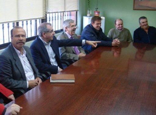 El sector agroganadero del Alagón piden más poder para las cooperativas en el debate de la PAC de cara a 2014
