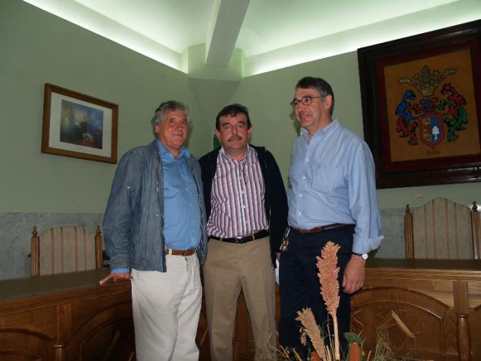 Los tres ediles del PP de Hervás no renunciarán a sus actas tras una reunión con la Ejecutiva Provincial