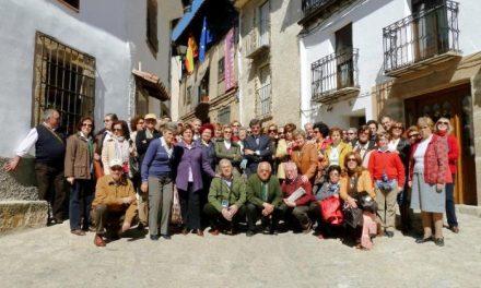 La Asociación Amigos del Museo de Arte Romano visita el Museo Pecharromán de Pasarón de la Vera