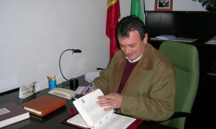 El alcalde de Vegaviana responsabiliza al PP de Moraleja de no recibir los impuestos del 2009