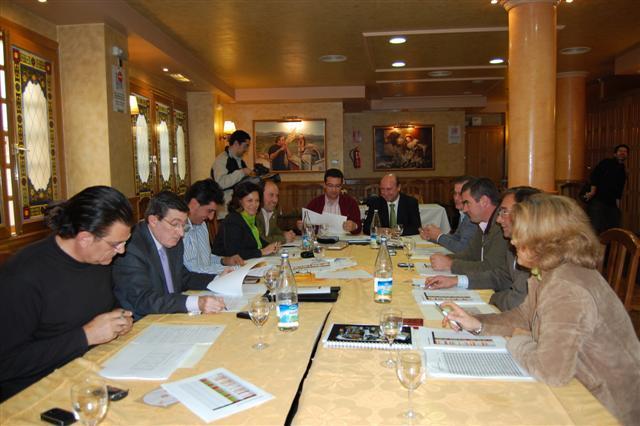 La Diputación Provincial de Cáceres pagará en 2008 más de 4 millones de euros de intereses bancarios