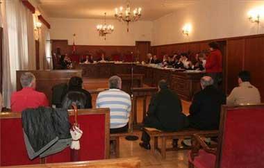 Los acusados por el fraude del IVA de Extremadura dicen que los cerebros no están en el banquillo