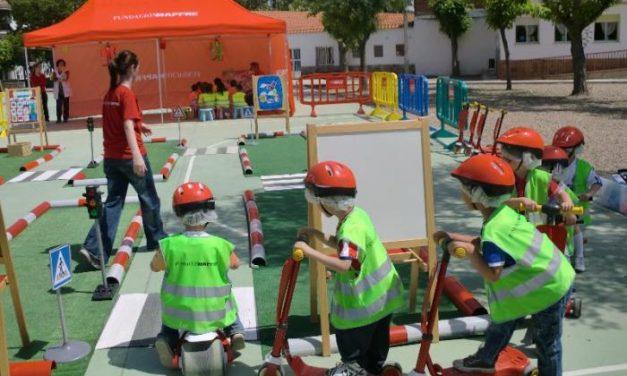 Más de 200 niños de Moraleja participan en unas jornadas de educación vial en el Joaquín Ballesteros