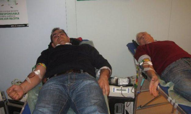 El Banco Regional de Sangre recolecta 120 bolsas de sangre en la campaña de extracciones en Moraleja