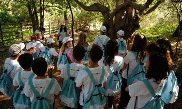 Escolares de Plasencia visitan el Parque Nacional de Monfragüe en una ruta guiada por la CHT