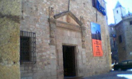 El PSOE comienza a distribuirse los cargos tras la pérdida de tres diputados provinciales en Cáceres