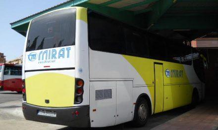 Mirat deja a ocho pueblos sin autobús salvo que los viajeros avisen un día antes de que necesitan el servicio