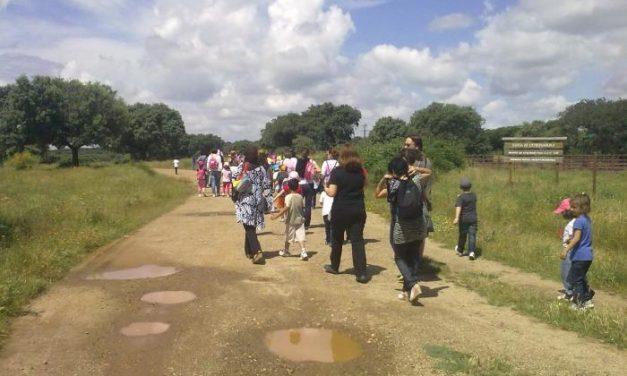 Los alumnos del colegio Cámilo Hernández de Coria visitan los recursos de Montehermoso