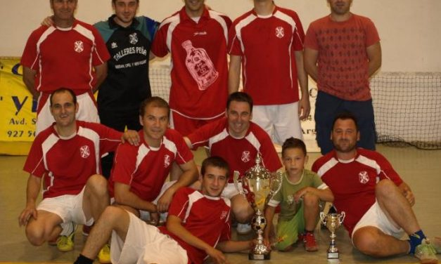 La A. D. Villa de Moraleja gana la XIV Liga de Fútbol Sala tras una final reñida con prórroga y penaltis