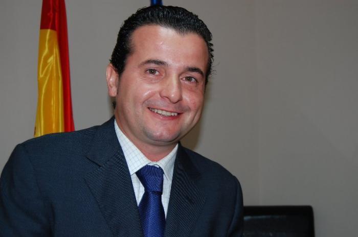 Caselles hará frente a la deuda de Moraleja con la contención del gasto y la privatización del agua
