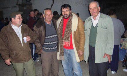 El cantautor Pepe Extremadura escribe una canción para la candidatura de Cáceres del 2016