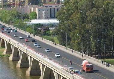 La Policía de Badajoz detiene a un menor por circular con una moto por dirección prohibida y a 100 Km/h