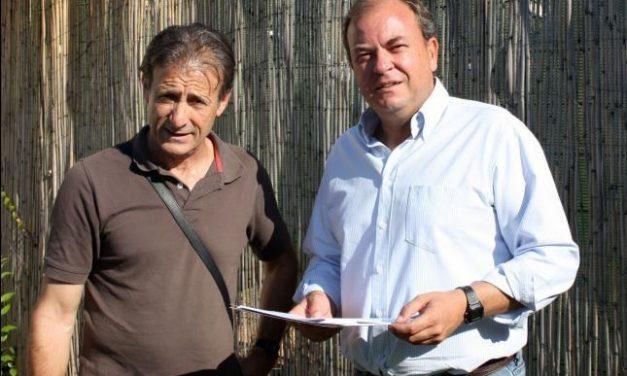 IU decide, tras un tenso debate, dar la presidencia de la Junta de Extremadura al Partido Popular