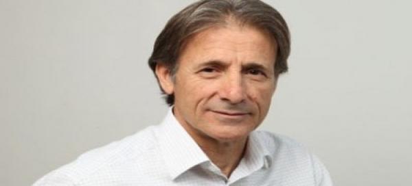 Escobar justifica en la desconfianza en el PSOE la decisión de IU de no apoyar a Vara como presidente