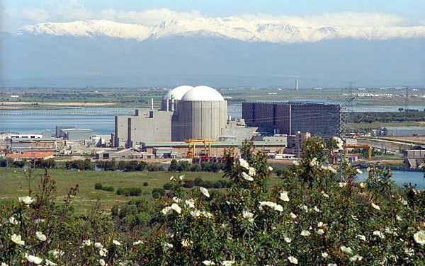 La Central Nuclear de Almaraz sufre una pérdida de tensión mientras está en parada de recarga