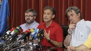 Los tres diputados de IU no harán pública su valoración sobre la exigencia de rectificación de la federal