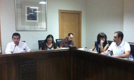 El PP de Moraleja pone precio a la moción de censura y dice que el PSOE aumentó la deuda en 866.000 euros