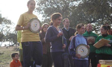 La joven atleta Lydia Alonso, de Aldeanueva del Camino, se proclama campeona de Extremadura de Orientación