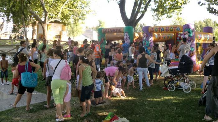 Los niños de Moraleja disfrutan del día infantil de las jornadas culturales previas a San Buenaventura