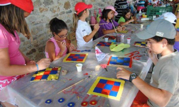 """El Campamento de Cáritas de Villamiel congrega a 75 niños de toda la provincia con el lema el """"Arca de Noé"""""""