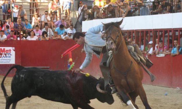 Los toros de Joaquín Herrero y los Forcados de Arronches, lo mejor del festejo de rejones de Moraleja