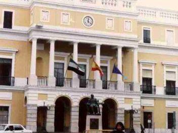 El presidente del TSJEx insta a la Junta y al Ayuntamiento pacense lleguen a un acuerdo sobre el Palacio de Justicia