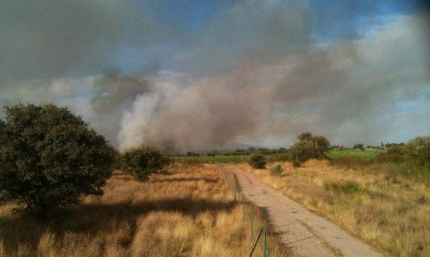 El incendio forestal de La Vera, ya controlado, calcina 373 hectáreas de Collado y Cuacos de Yuste