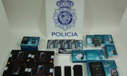Desarticulan en Cáceres a un grupo dedicado a estafar a compañías telefónicas con falsos contratos
