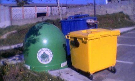 Los vecinos de Trasierra ya pueden reciclar sus envases ligeros gracias a la colocación de 107 contenedores