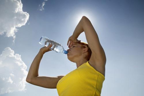 Un estudio asegura que el 21% de los extremeños está en situación de riesgo de sufrir una deshidratación