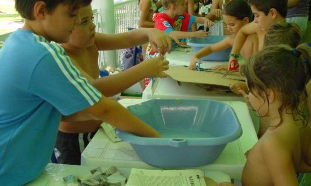 Los niños de la comarca de Miajadas-Trujillo conocen las aves y los peces de la comarca a través de talleres
