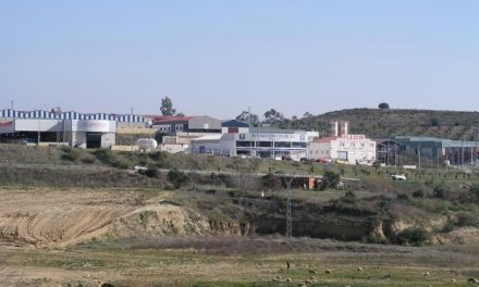 Encuentran sin vida a un camionero portugués en el interior de su vehículo en el polígono Los Rosales
