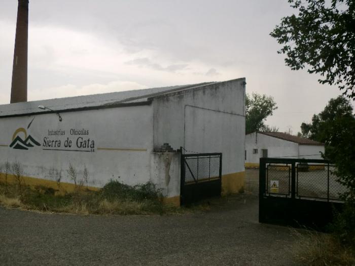 Industrias Oleicas Sierra de Gata solicita autorización a CHT para verter aguas residuales a la Rivera de Gata
