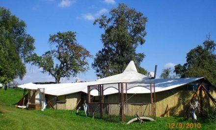 El Sol Festival comienza el montaje de las carpas del evento que ocuparán 21 hectáreas del Borbollón