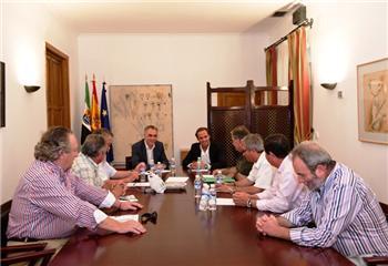 La Junta de Extremadura apoya a las federaciones de asociaciones de extremeños en el exterior