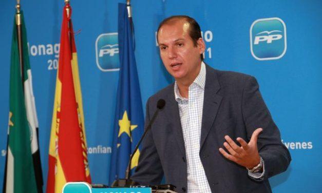 """Hernández Carrón afirma que el déficit regional demuestra que Vara tenía """"facturas en el cajón"""""""