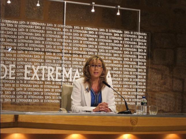 La vicepresidenta de la Junta advierte que el problema del paro es preocupante y no se soluciona en un mes