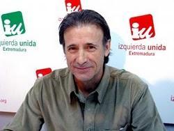Escobar pide a Monago que no copie de otras regiones y dice que el paro es un enfermo que no mejora