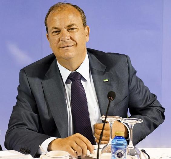 Monago se reúne con el Ministro de Economía luso para analizar el transporte internacional de mercancías