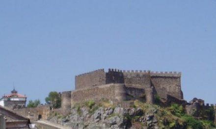 Cultura y Fomento financiarán las obras del castillo de Montánchez y al Alcazaba de Mérida