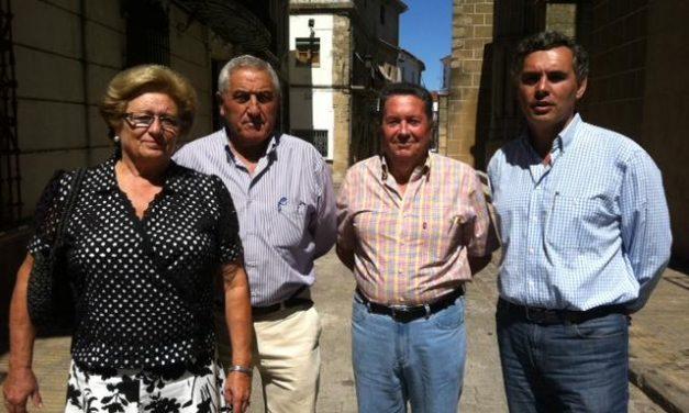El Ayuntamiento de Valencia de Alcántara analiza una posible ampliación de la plantilla de la Policíca Local