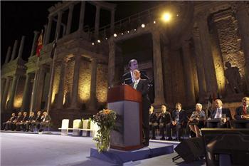 Monago advierte que los dos pilares de la legislatura serán la creación de empleo y la regeneración política