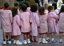 El curso escolar ha arrancado con normalidad en la región a excepción de una protesta en el colegio de Gévora