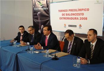 La selección española de Baloncesto prepará en Extremadura las Olimpiadas de Pekín 2008