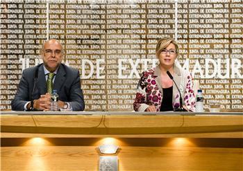 Extremadura interpondrá un recurso de inconstitucionalidad contra el decreto de déficit eléctrico