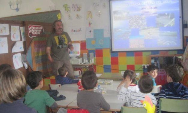 Adicomt colaborará con los colegios de la comarca con la formación de los alumnos en diferentes programas